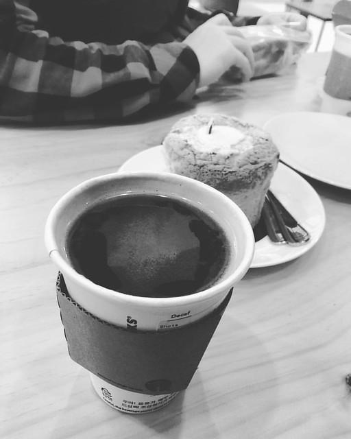 온천욕 하고나서 커피 & 카스테라