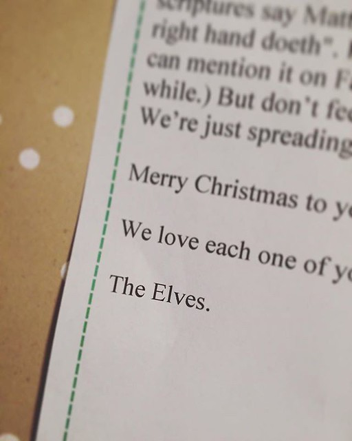 We've been elf-ed! We're soooooo excited!