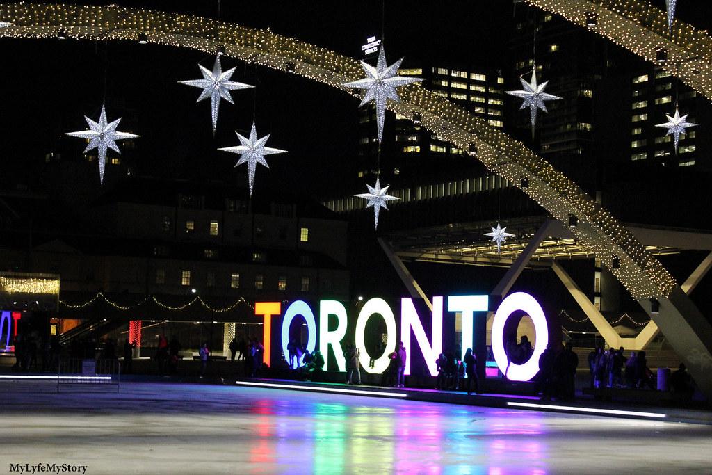 Street of Toronto (15)