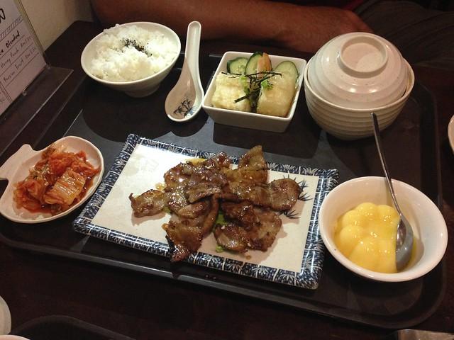 tokyo-yakiniku_23305084999_o