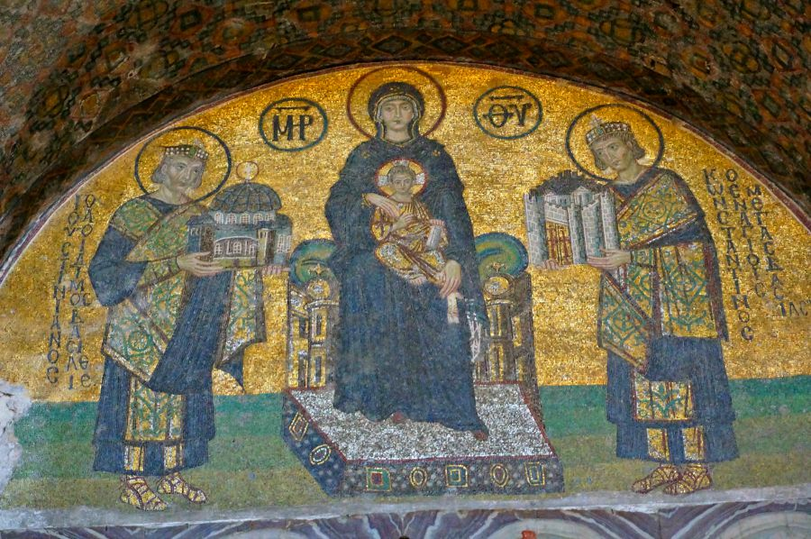 Hagia Sophia mosiac depicting the Virgin Mary