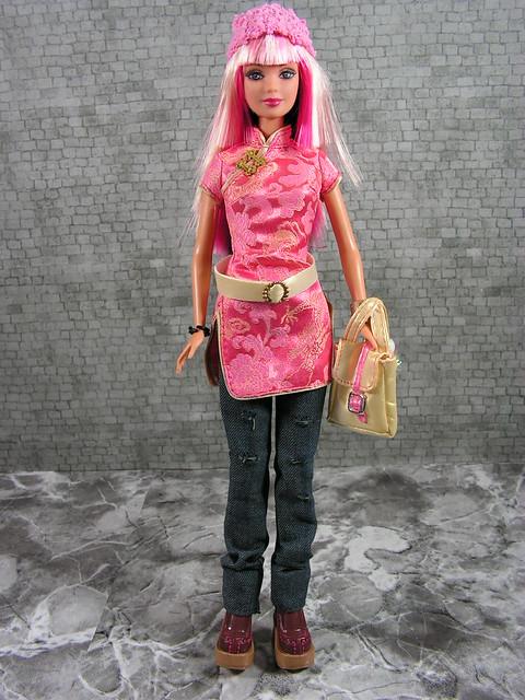 2004 Barbie Fashion Fever Wave B Tokyo Style Barbie G9008 (2)