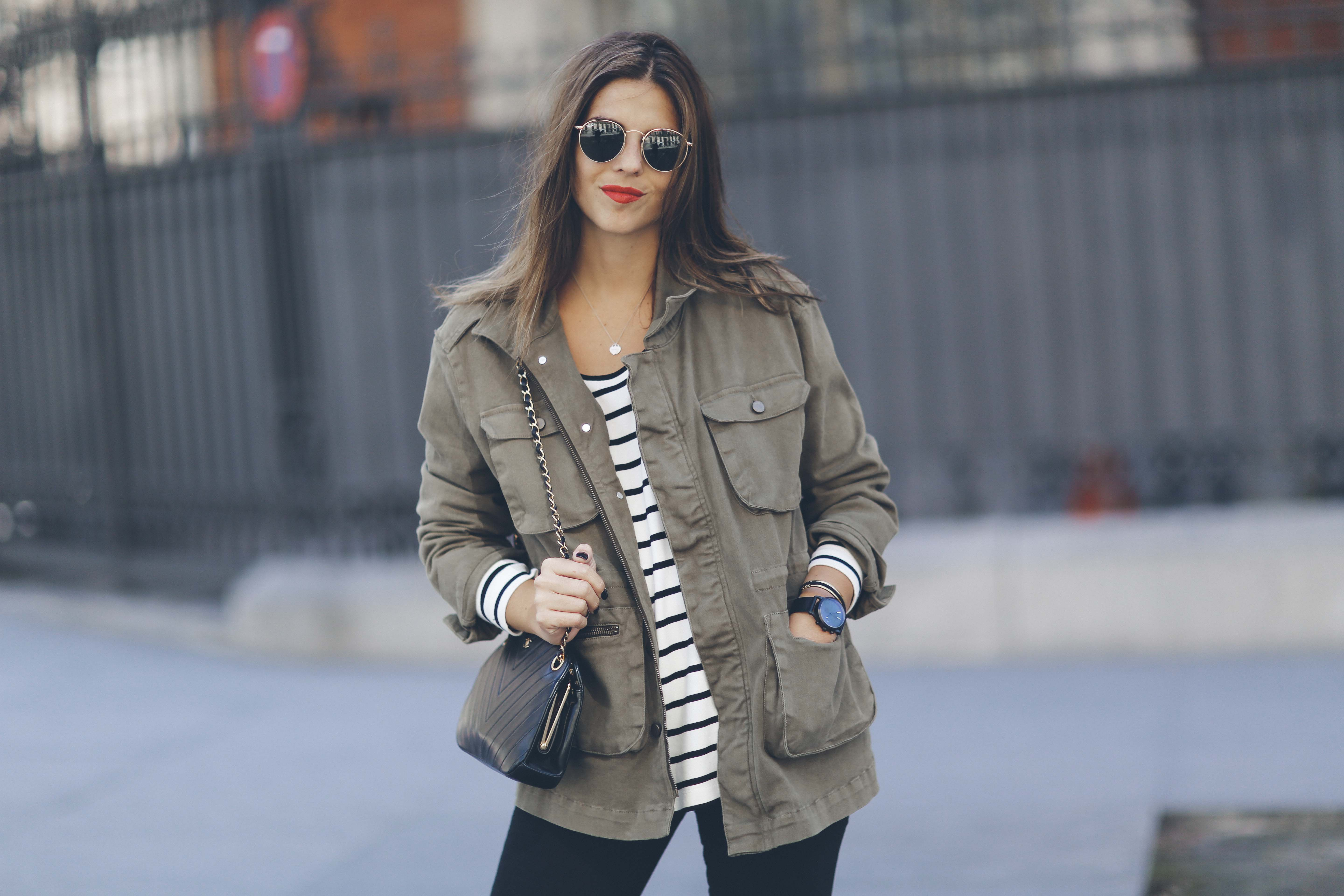 look-outfit-parka-jeans-rayas-zara-chanel-botas-anine_bing-spring-primavera_2