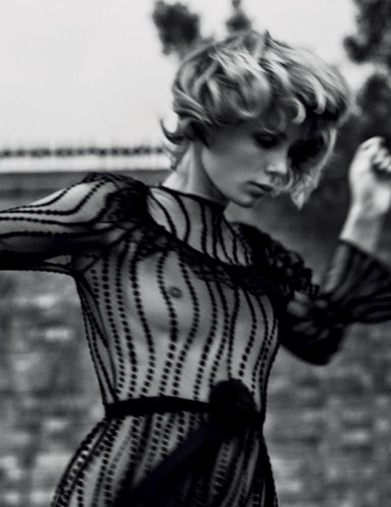 Эди Кэмпбелл — Фотосессия для «Vogue» DE 2016 – 5