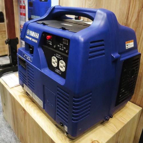 ガスボンベで稼働する発電機とかね。 #東京モーターサイクルショー