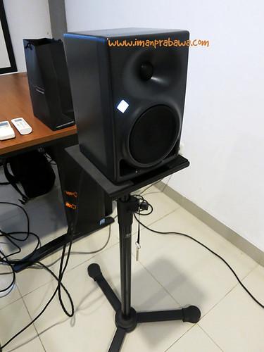 Neumann KH120A Speaker
