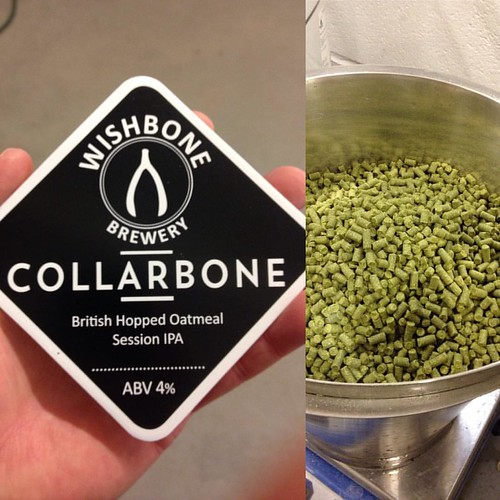 Dry hopping just happened :-) #collarbone