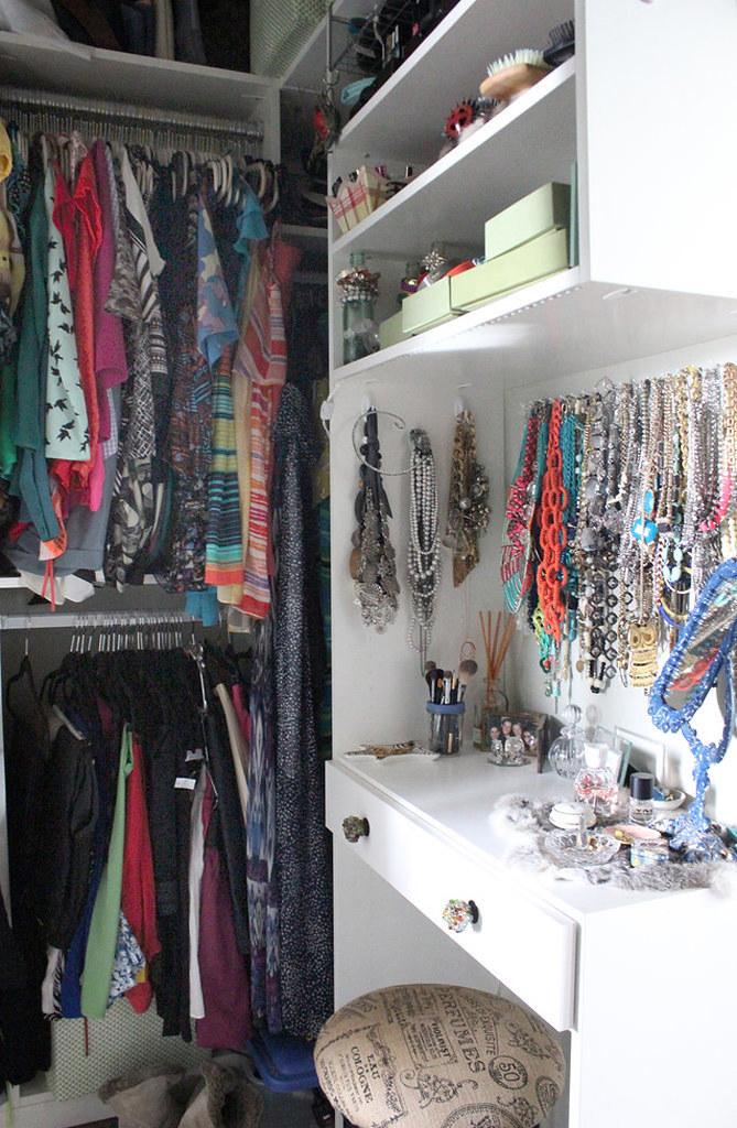adaymag-flea-market-decorating-14