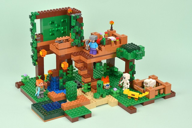 Review: 21125 The Jungle Tree House | Brickset: LEGO set guide and ...