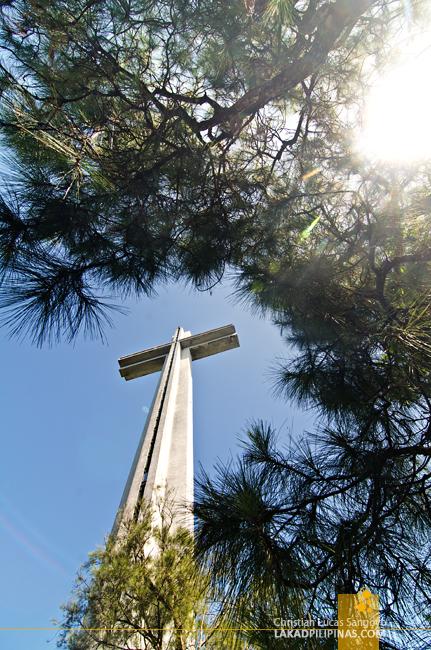 Mount Samat Dambana ng Kagitingan Cross
