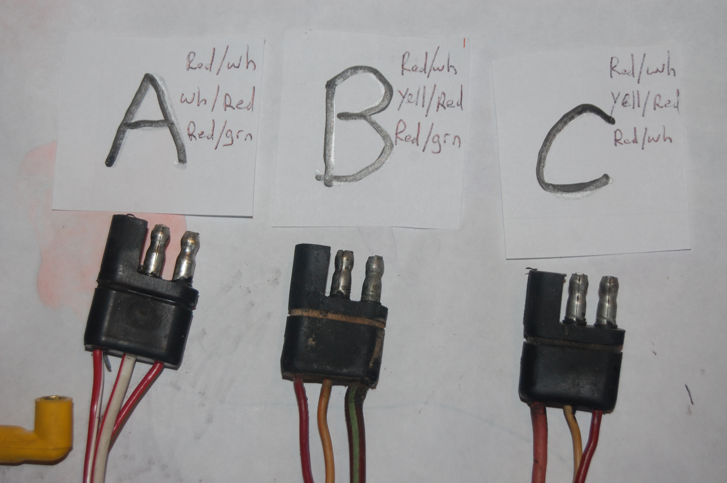They all do. The ends that plug into the harness are identical. one female  and two male connectors.