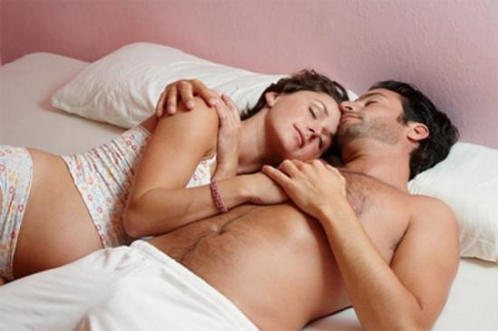 Có nên quan hệ vợ chồng ở tam cá nguyệt thứ ba?