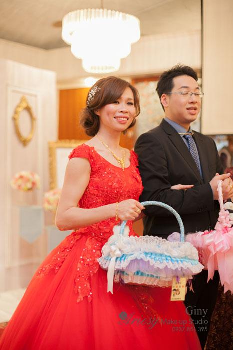 Giny,台北,新娘秘書,愛瑞思造型團隊,Ariesy,清透自然妝感,新秘推薦,新娘髮型,歸寧宴客,歐美風格造型