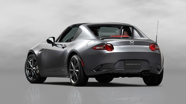5Mazda_MX-5RF_showmodel_RQ_open_white-1024x576