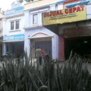 DiJual Ruko 3 Lantai Lokasi Strategis di Cipondoh Tangerang Rp 1,8 M