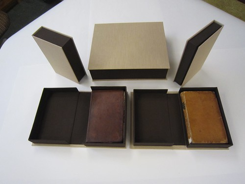 Clamshell boxes with books
