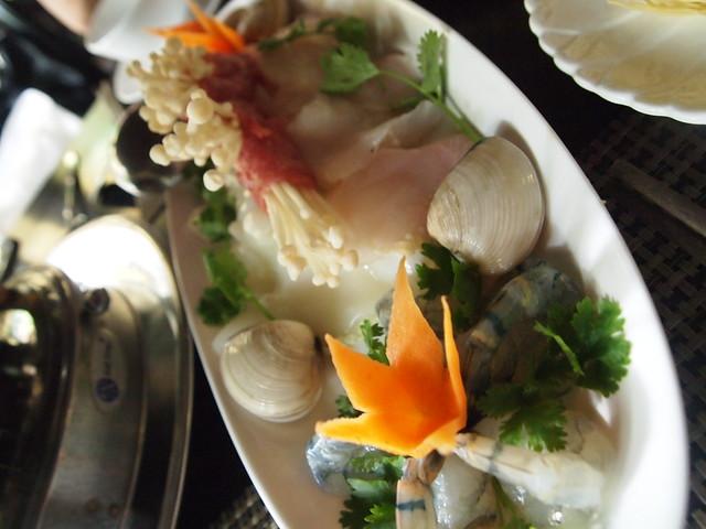 P6270016 Dong Restaurant vietnam ベトナム 花鍋 ドンレストラン