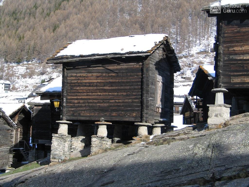 Britannia Hütte Walliser Alpen / Alpes valaisannes Switzerland photo 04