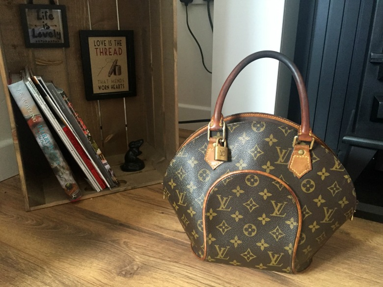 b1d0e4f0ce01 Florence and Mary  My Handbag Collection Louis Vuitton Eclipse