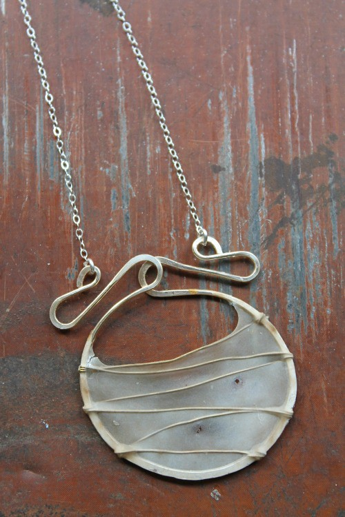 VERSO Jewelry Gate Necklace