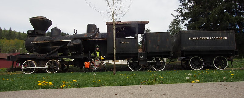 Neil, Toasty Tangerine, and MRSR Heisler Locomotive