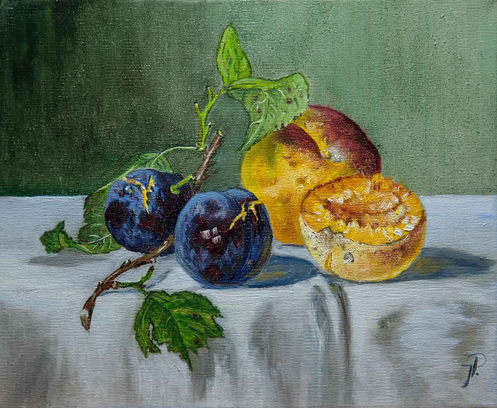 Pflaumen und Pfirsiche