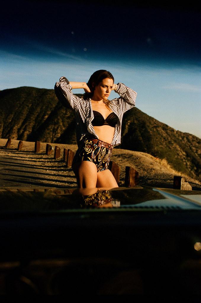 Райли Кио — Фотосессия для «Esquire» 2016 – 9