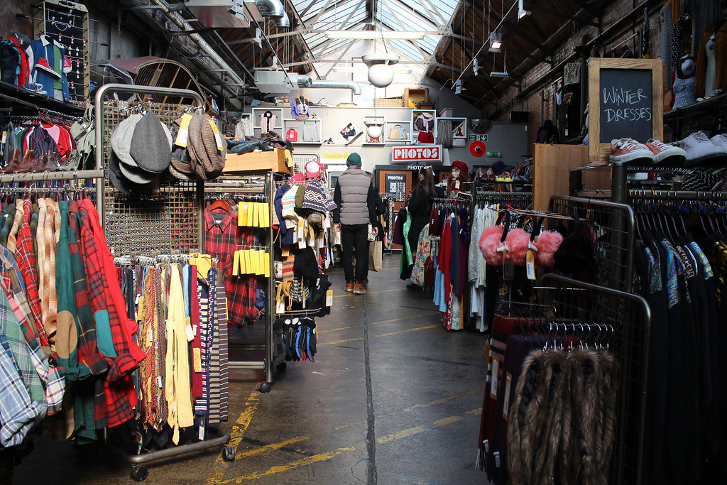 Weekend-City-Guide-Brighton-beyond-retro-vintage-clothing-fashion
