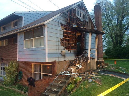 3 photos from house fire on Carl Street