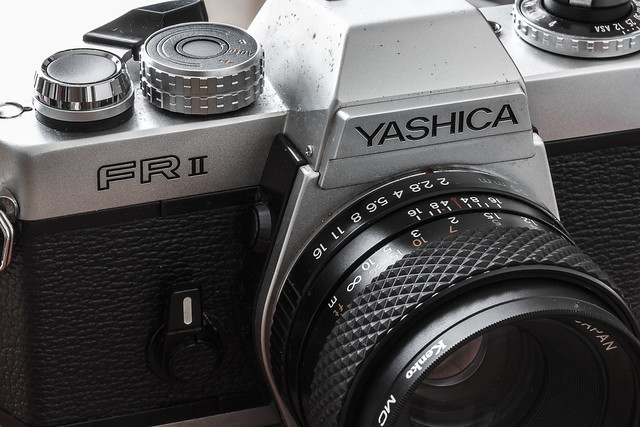 YASHICA FR2 ヤシカのカメラとレンズ