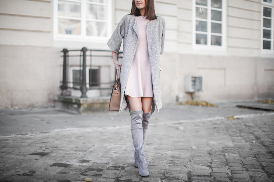 grey-over-the-knee-boots-outfit-street-style