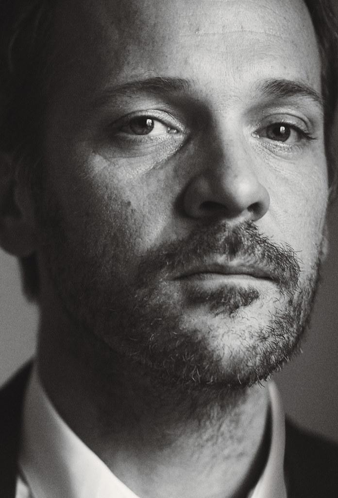 Питер Сарсгаард — Фотосессия для «W» 2016 – 1