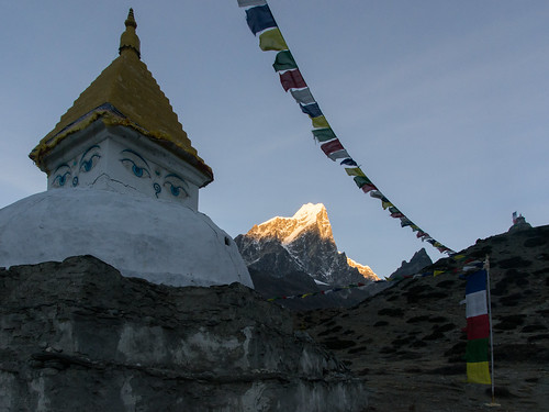 nepal mountain snow sunrise peak ke chorten prayerflags np 2015 dingboche taboche easternregion