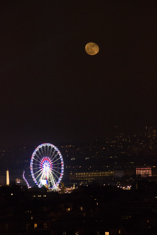 Moonrise over Paris