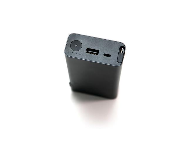 多合一!內建整合變壓器與線材的 ZenPower Combo 行動電源 (1/30 更新雙色相片) @3C 達人廖阿輝