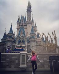 Ultimo día en Disney !! by micaseveso http://ift.tt/1SBA9vS