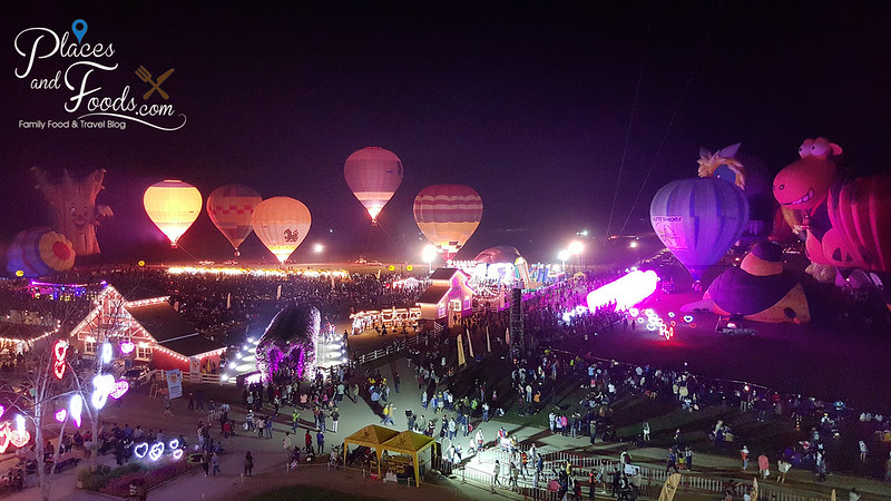 singha hot air balloon fiesta night balloons top view