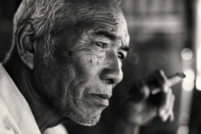 Smoking man, Myanmar (Burma)