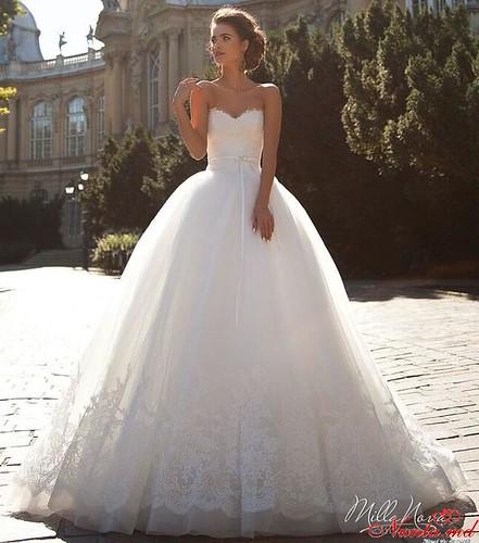 Salon de Mariaj Cocos-Tot luxul și eleganța modei de nuntă într-un singur loc! > KARMELA