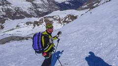Lodowiec Gran Paradiso z grani szczytowej. nasz przewodnik.
