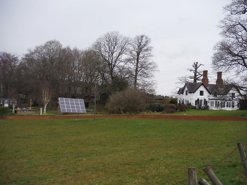 East Lodge, Midgham Park