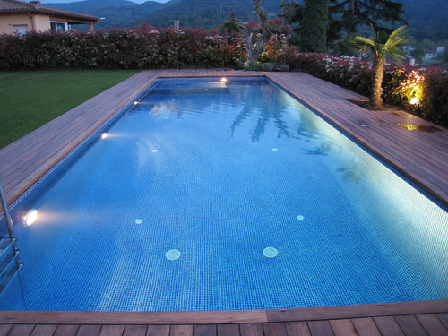 Magasin piscine llica d 39 amunt barcelona piscines unic for Cuanto cuesta hacer una alberca en casa