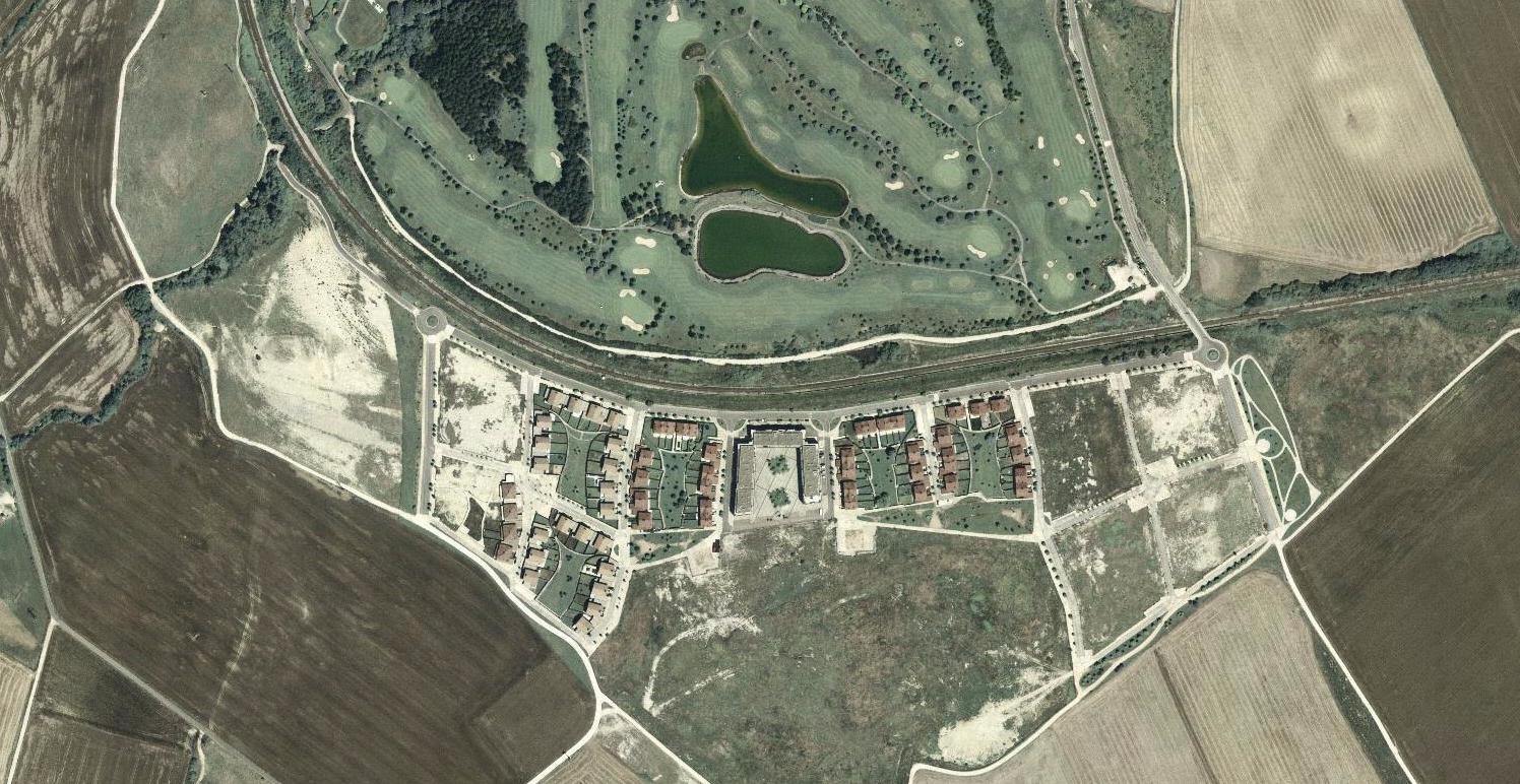 zuasti, navarra, nafarroa, al lado del tren y el golf, después, urbanismo, planeamiento, urbano, desastre, urbanístico, construcción, rotondas, carretera