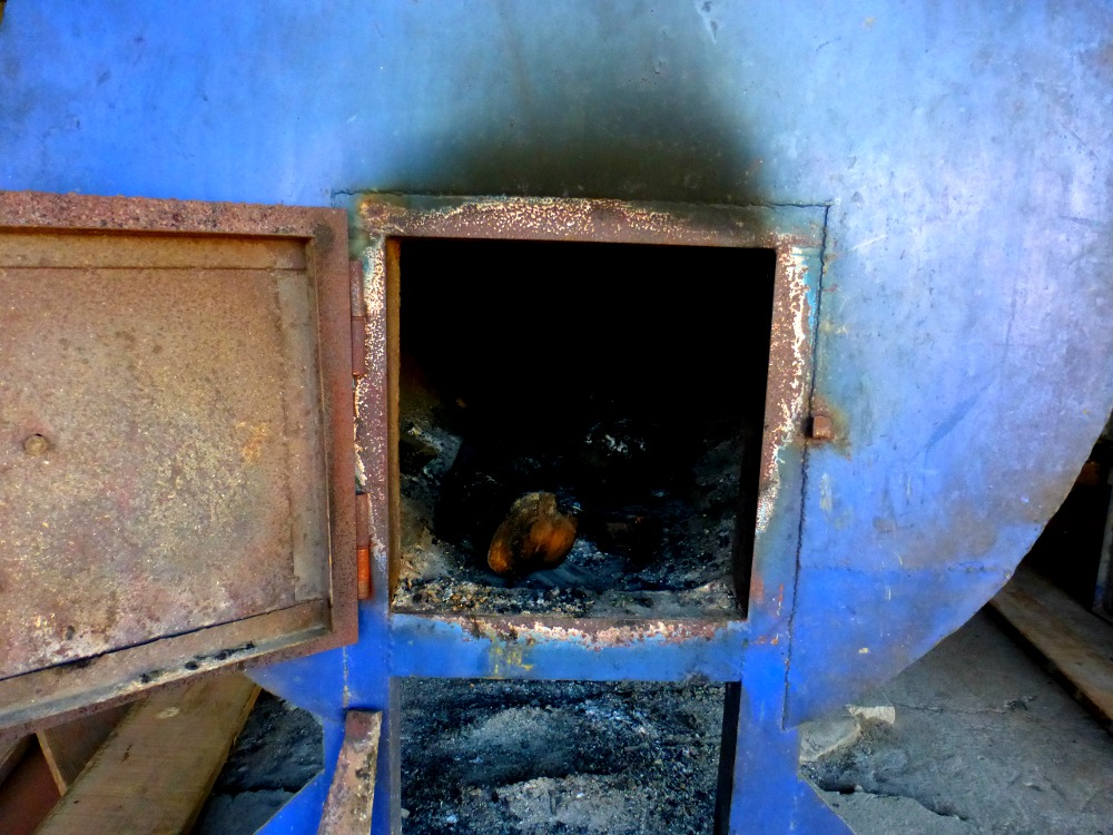 wood fired oven for cacao beans