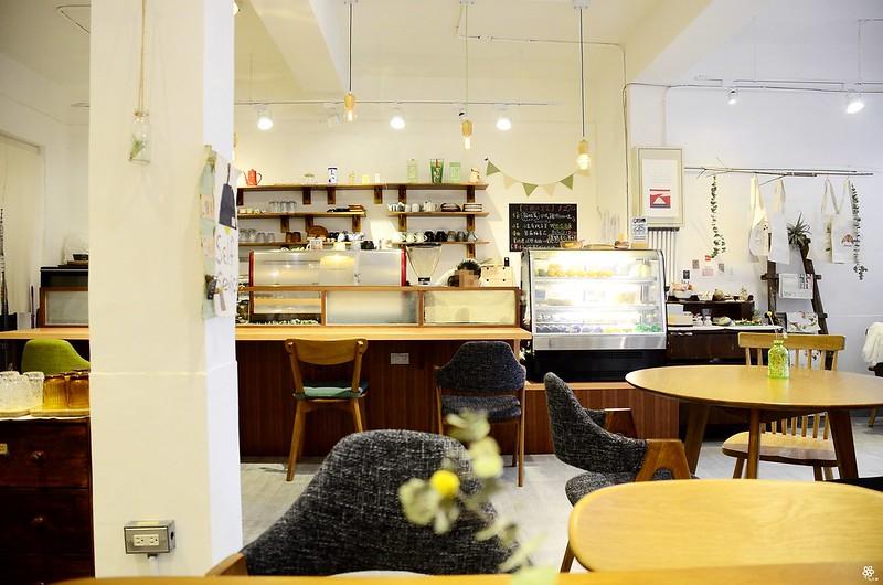 小空間板橋早午餐咖啡廳不限時推薦小倉庫菜單時間新埔 (12)