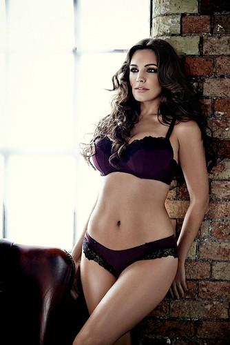 Model - Kelly Brook