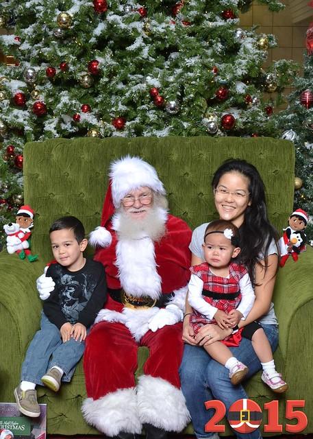 Santa Portrait - Salinas Mall - 2015