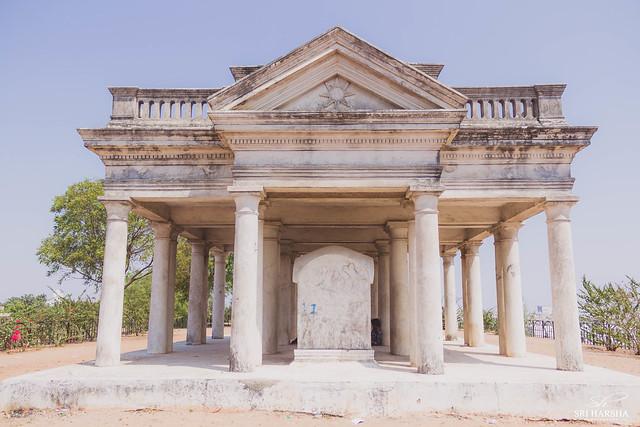 Raymond's tomb