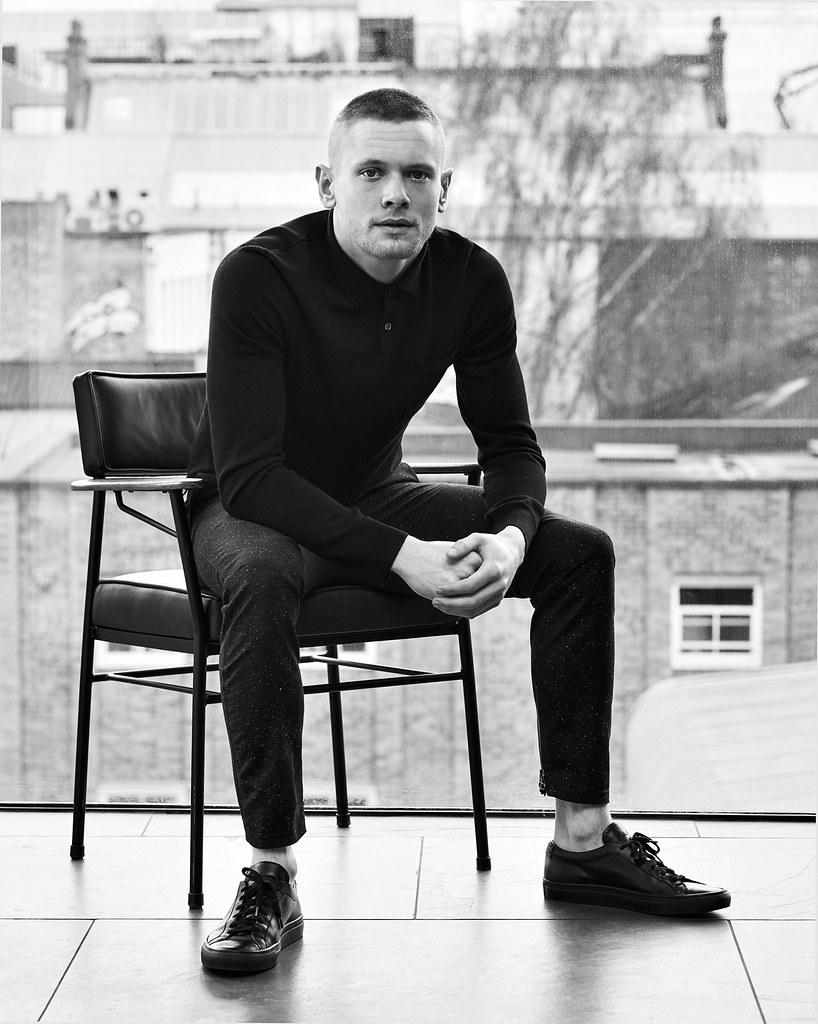 Джек О'Коннелл — Фотосессия для «Mr.Porter» 2016 – 6