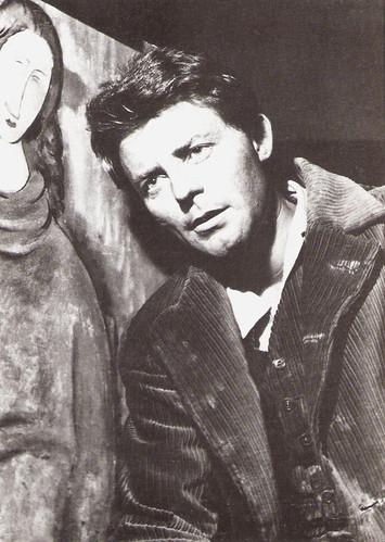 Gérard Philipe in Les amants de Montparnasse (1958)